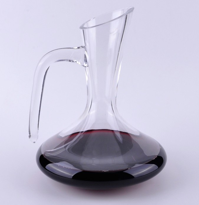 Glass-wine-antique-decanter-with-handle-glass